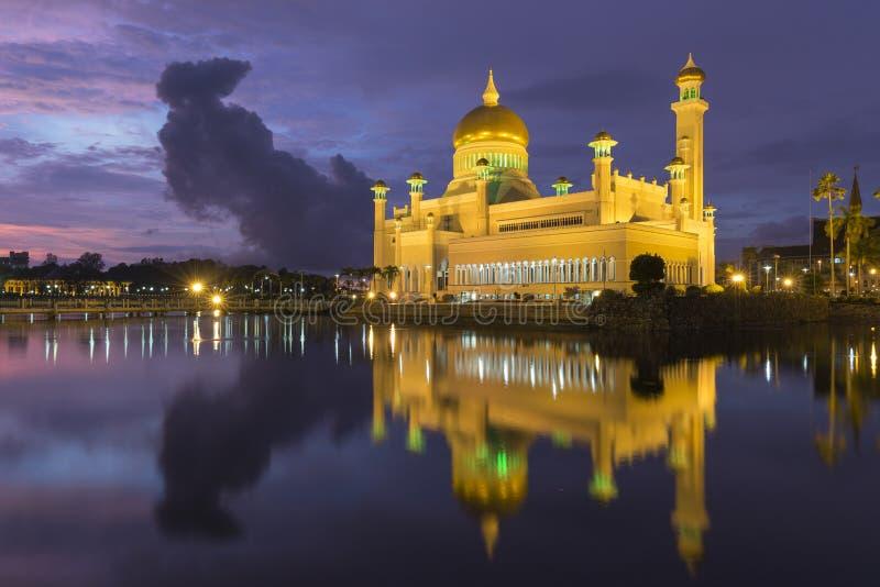 Moschea dell'Omar Ali Saifuddien del sultano nel Brunei fotografia stock