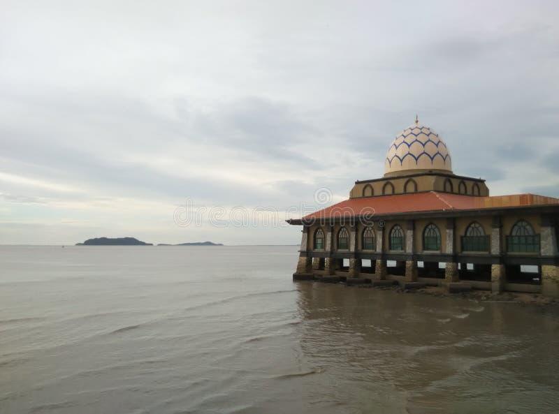 Moschea di galleggiamento immagini stock libere da diritti