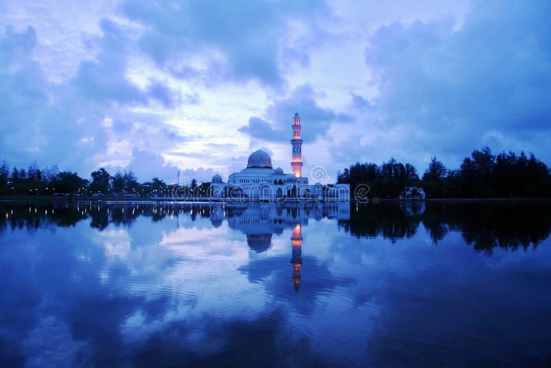 Moschea di galleggiamento fotografia stock libera da diritti
