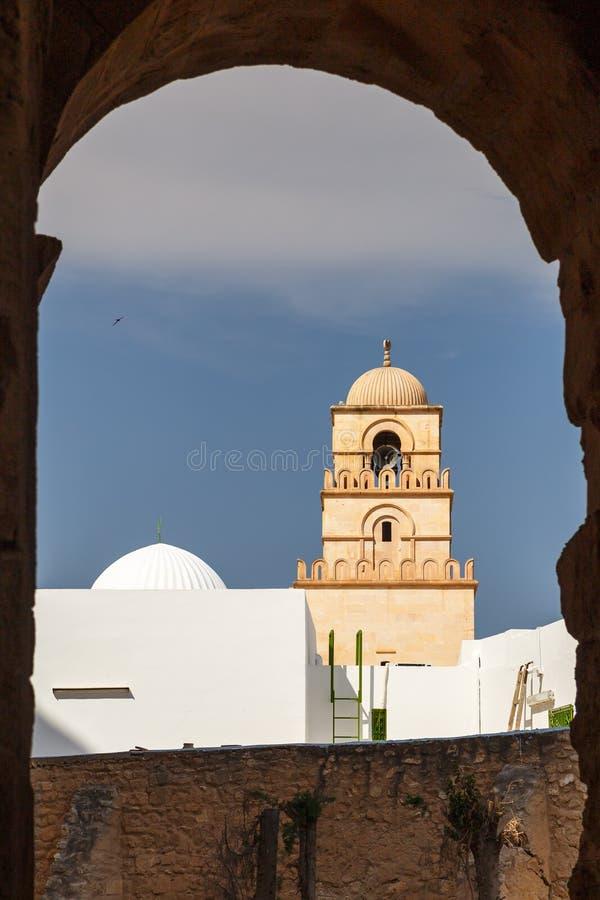 Moschea nel centro della città di EL Djem fotografie stock libere da diritti