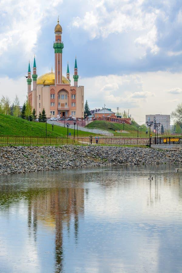 Moschea nella città Al'met'evsk Tatarstan Russia fotografia stock libera da diritti
