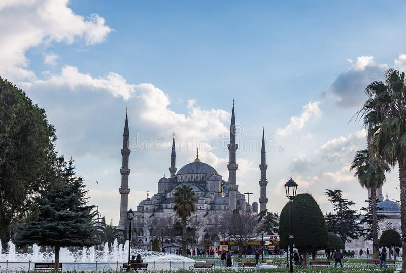 Moschea o Sultan Ahmed Mosque Turkish blu: Sultan Ahmet Camii a Costantinopoli, Turchia fotografia stock