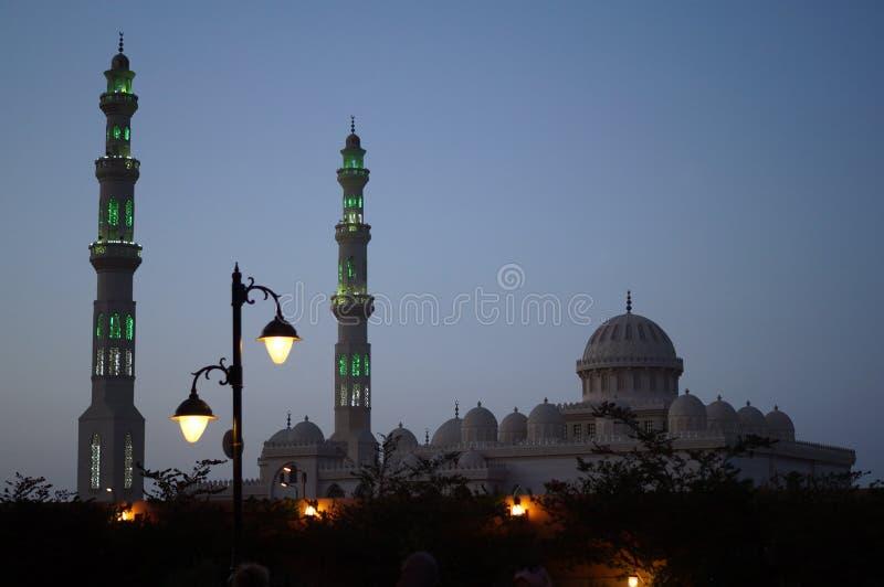 Moschee in der Dämmerung lizenzfreie stockfotografie