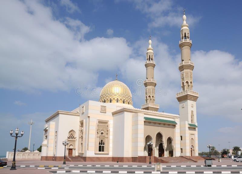 Moschee in der Scharjah-Stadt lizenzfreies stockbild