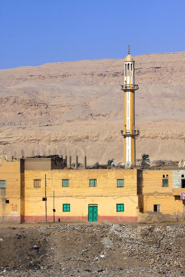 Moschee in der Wüste lizenzfreies stockfoto