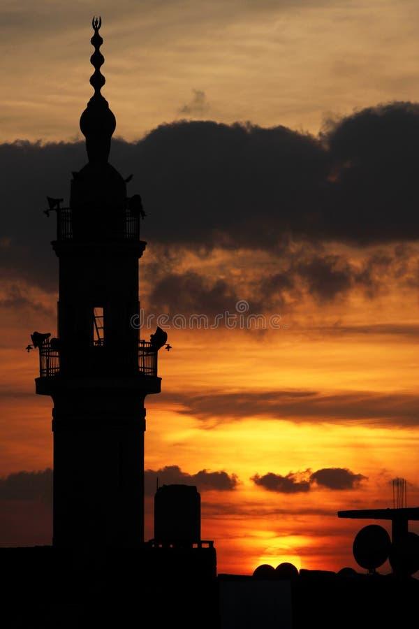 Moschee mit Sonnenuntergang lizenzfreie stockfotos