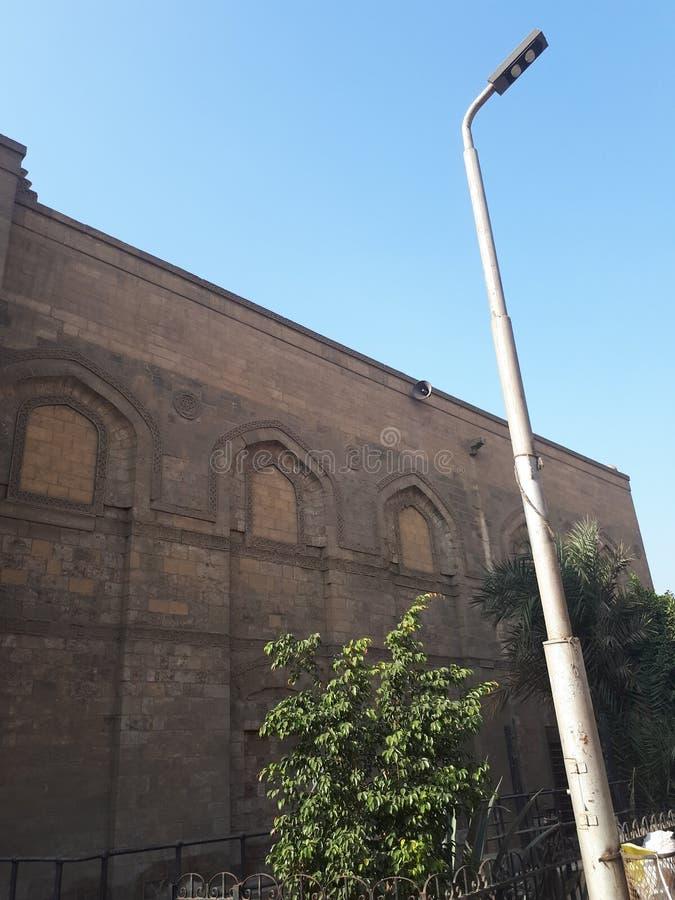 Moschee und tiang listrik stockfotografie