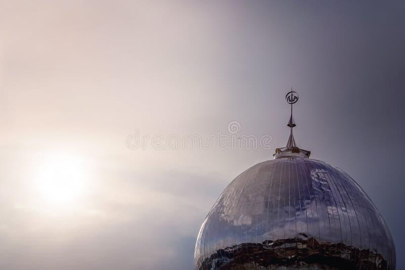 Moscheenhaube an der Dämmerung lizenzfreies stockfoto