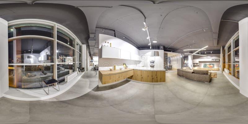 Moscou - 2018 : Bel intérieur à la mode de magasin de conception de meubles dans le mail moderne avec l'intérieur de grenier Plan image libre de droits