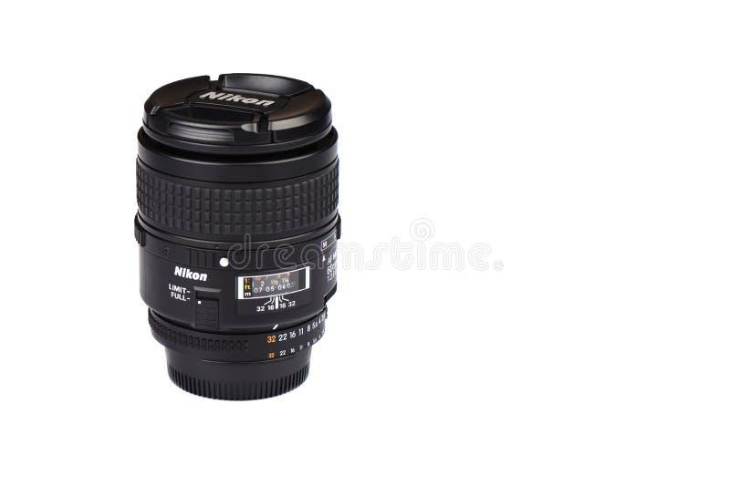Moscou, F?d?ration de Russie - 20 avril 2019 Macro-Nikkor 60mm F2 de Nikon AF Lentille de 8 D pour des cam?ras de Nikon DSLR photos stock