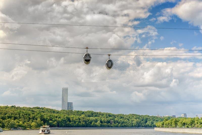 Moscou, Rússia - 26 de maio de 2019: Teleférico de Moscou no Luzhniki imagem de stock royalty free