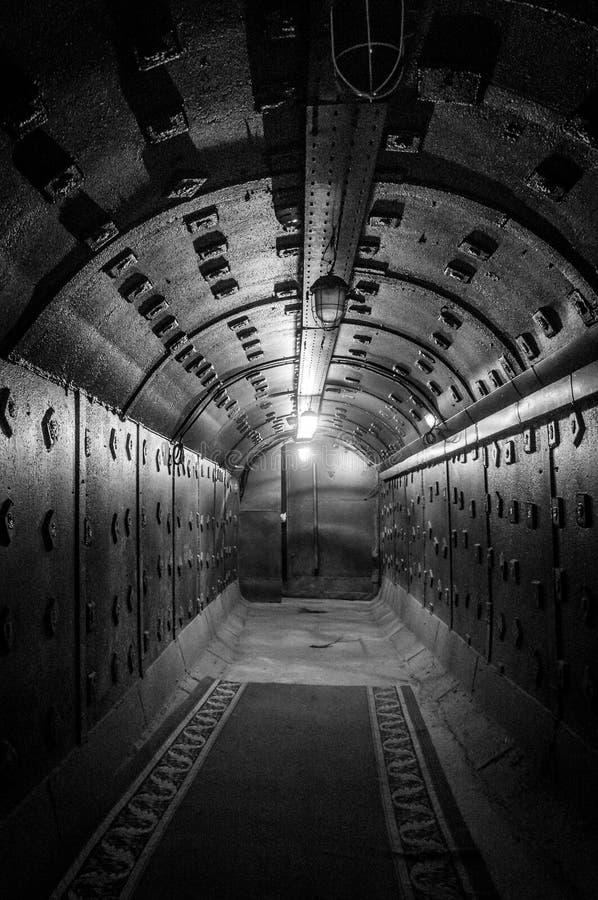 Moscou, Rússia - 25 de outubro de 2017: Escave um túnel em Bunker-42, facilidade subterrânea antinuclear construída em 1956 como  foto de stock royalty free