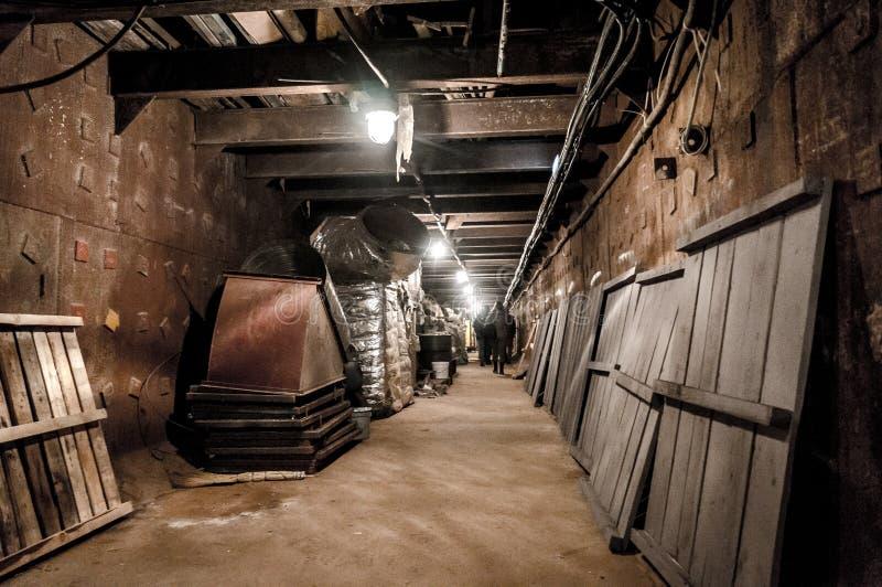 Moscou, Rússia - 25 de outubro de 2017: Escave um túnel em Bunker-42, facilidade subterrânea antinuclear construída em 1956 como  fotos de stock royalty free