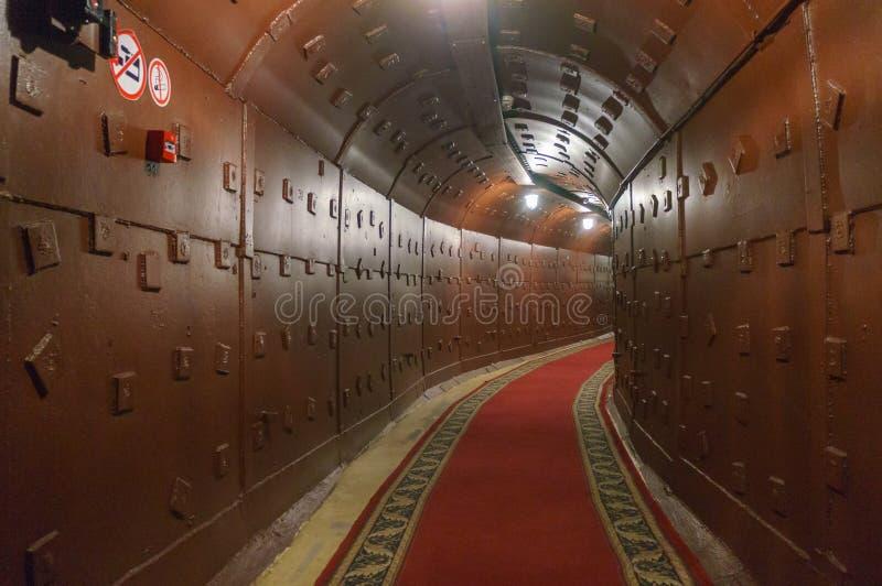 Moscou, Rússia - 25 de outubro de 2017: Escave um túnel em Bunker-42, facilidade subterrânea antinuclear construída em 1956 como  fotografia de stock royalty free