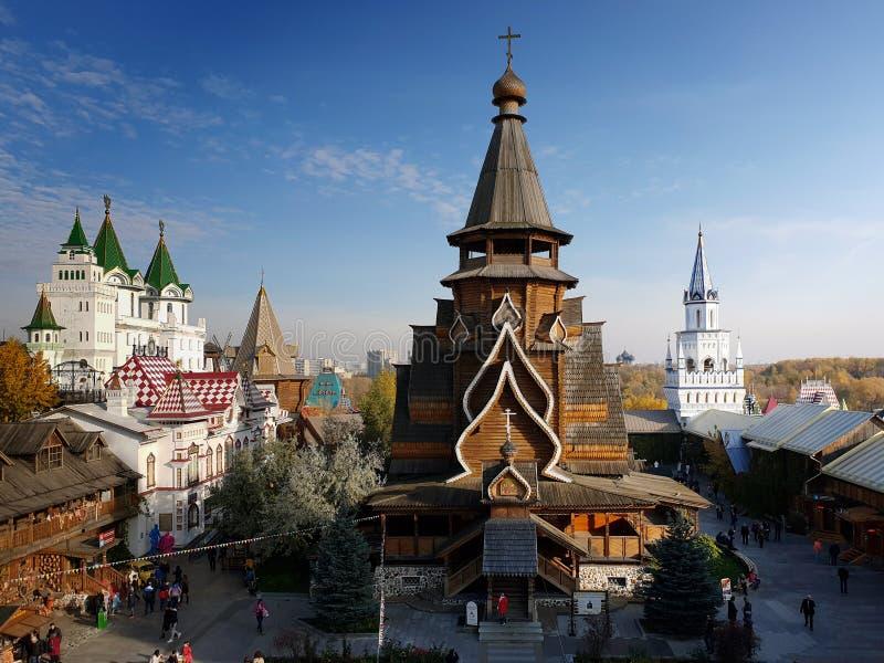 Moscou, Rússia - 14 de outubro 2018 Igreja de São Nicolau no Kremlin de Izmailovo foto de stock royalty free