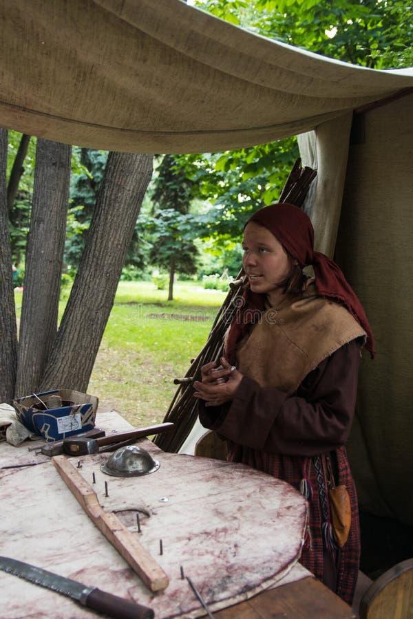 Moscou, Rússia - em junho de 2019: Tempos e épocas históricos do festival Reconstrução da vida e das guerras imagens de stock