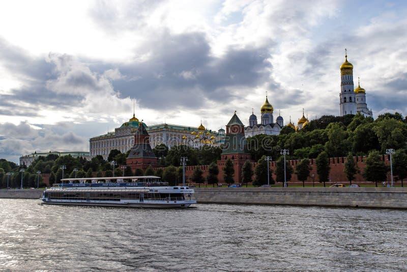 Moscou, Russie - 6 août 2019 : vue de Moscou Kremlin et le remblai Architecture et vues de Moscou photographie stock