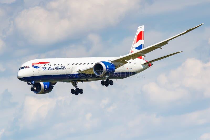 Moscou, Russie - 21 juin 2019 : Avions Boeing 787-9 Dreamliner G-ZBKS de l'atterrissage de British Airways chez Domodedovo intern image libre de droits