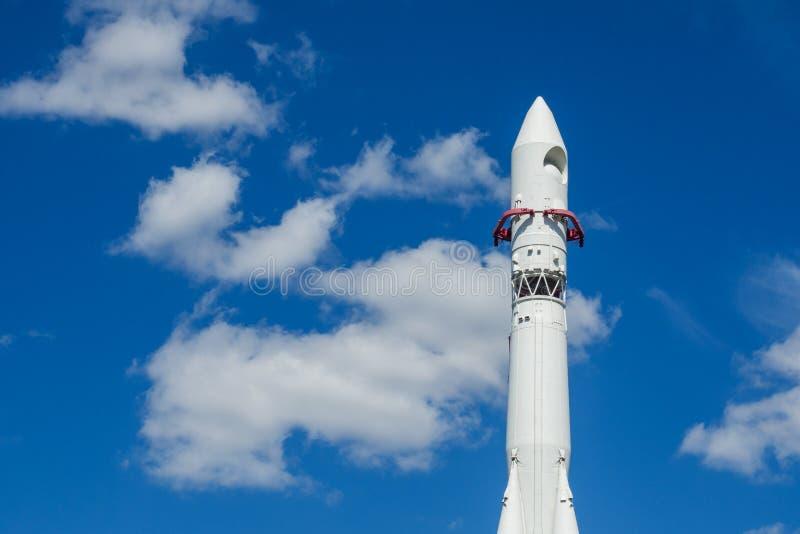 Moscou, Russie - 24 juin 2019 : Vaisseau spatial russe Vostok 1, monument de la première fusée soviétique à VDNH l'astronautique  image libre de droits