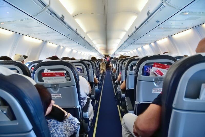 Moscou, Russie - 29 mai 2018 Dans l'avion Boeing 737 la ligne aérienne Rossiya images stock