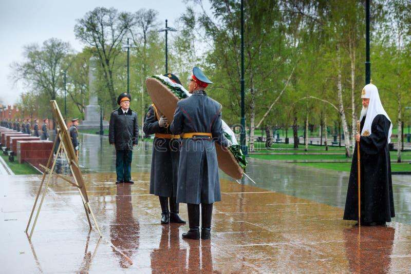 MOSCOU, RUSSIE - 8 MAI 2017 : Patriarche de Moscou et de tout le ` KIRILL de Rus et le CLERGÉ PLUS ÉLEVÉ de l'église orthodoxe ru photo stock