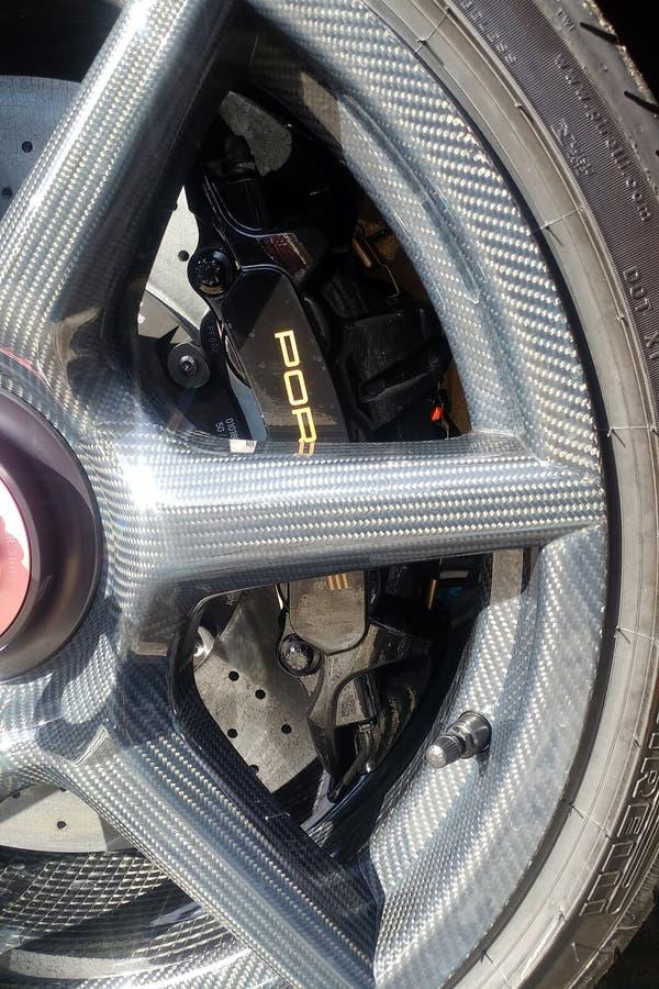 Moscou, Russie - 9 mai 2019 : Porsche d'or 911 s?ries d'exclusivit? ?dition limit?e Num?ro trois cents trente-sept Dans le dossie photographie stock