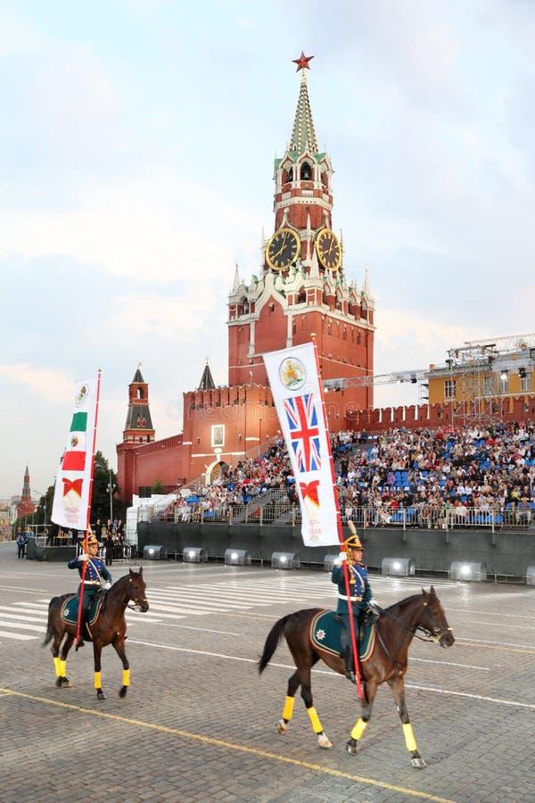 Cavaleiros da escolta honorário da cavalaria do regimento presidencial foto de stock royalty free