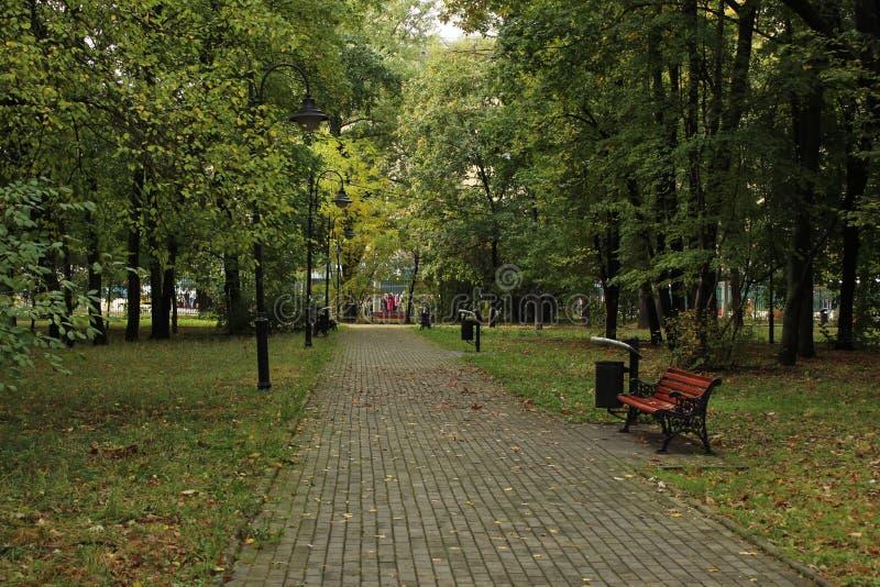 Октябрь 2018 E moscow Район Voykovsky Парк Vorovskogo стоковые изображения