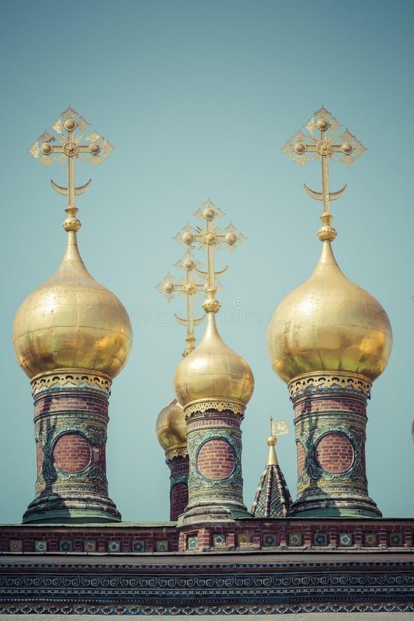 moscow kremlin ортодоксальность Куполы и Cath Verkhospassky крестов стоковая фотография rf