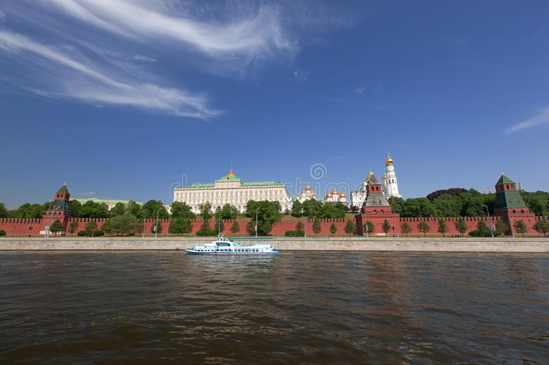 Download Moscow Kremlin stock photo. Image of monument, cars, capital - 25373494