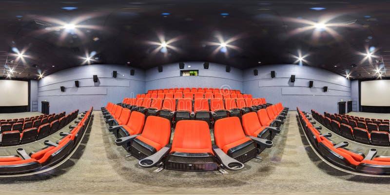 Moscow-2018 : panorama 3D sphérique avec l'angle de visualisation de 360 degrés de l'intérieur de hall de cinéma avec les sièges  photographie stock