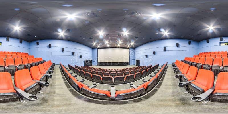 Moscow-2018 : panorama 3D sphérique avec l'angle de visualisation de 360 degrés de l'intérieur de hall de cinéma avec les sièges  images libres de droits