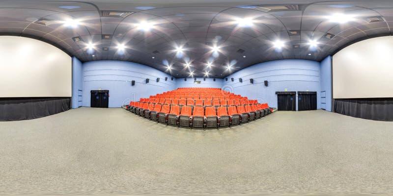 Moscow-2018 : panorama 3D sphérique avec l'angle de visualisation de 360 degrés de l'intérieur de hall de cinéma avec les sièges  photo stock