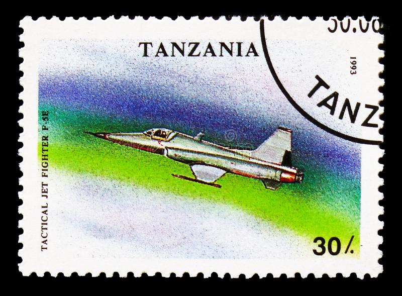 F-5e, Military Aircrafts serie, circa 1993. MOSCOW, RUSSIA - AUGUST 18, 2018: A stamp printed in Tanzania shows F-5e, Military Aircrafts serie, circa 1993 stock photos