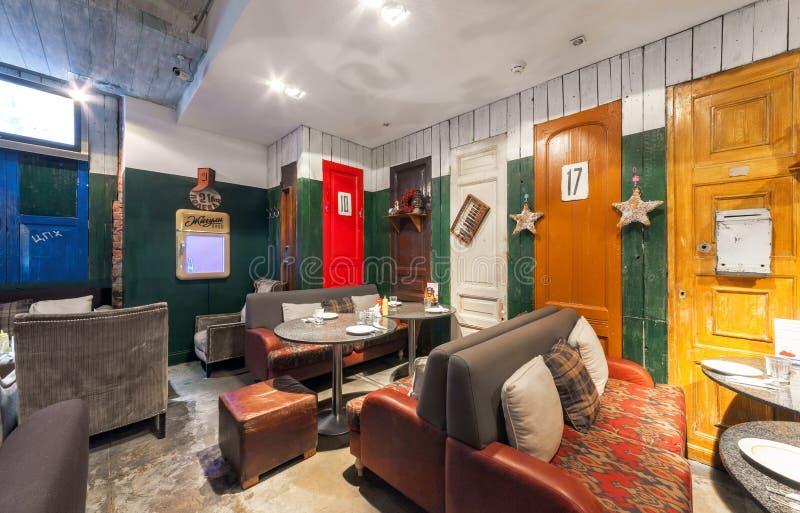 MOSCOW/RUSSIA - DÉCEMBRE 2014 Rétro restaurant intérieur photos stock