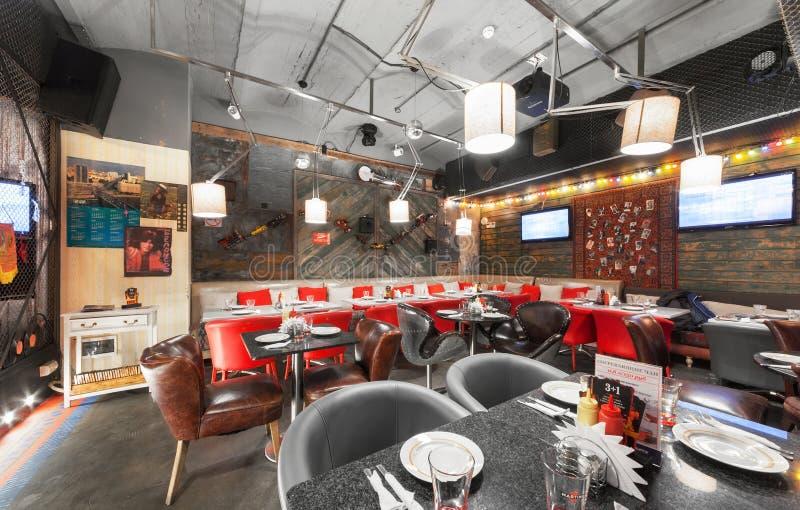 MOSCOW/RUSSIA - DÉCEMBRE 2014 Rétro restaurant intérieur images stock