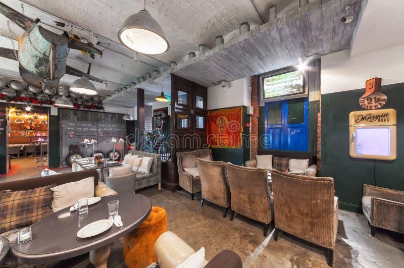 MOSCOW/RUSSIA - DÉCEMBRE 2014 Rétro restaurant intérieur image libre de droits