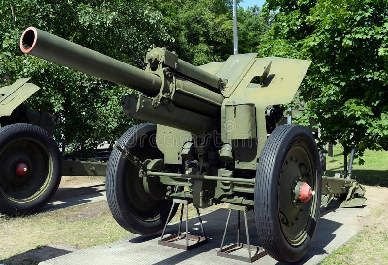 122-mm howitzer sample M-30 sample 1938 at the Museum of military equipment on Poklonnaya hill in Moscow. MOSCOW, RUSSIA - JUNE 20, 2018: 122-mm howitzer sample stock photography