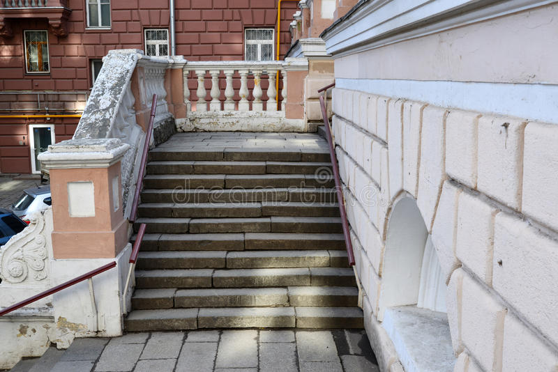 Moscow, Russia - March 14, 2016. Steps to English Chkalov school on Zemlyanoi val street- sample Stalinist architecture stock photos