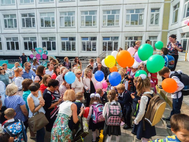 MOSCOW, RUSSIA,SEPTEMBER ,3.2018:Holiday knowledge day in one of the Moscow schools of the Western district.Holiday September 1 royalty free stock photos