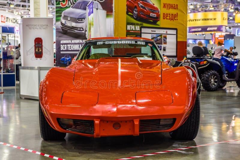 MOSKAU - AUGUST 2016: Chevrolet Corvette C3 1967 stellte sich bei MIAS Moscow International Automobile Salon am 20. August 2016 i lizenzfreie stockbilder