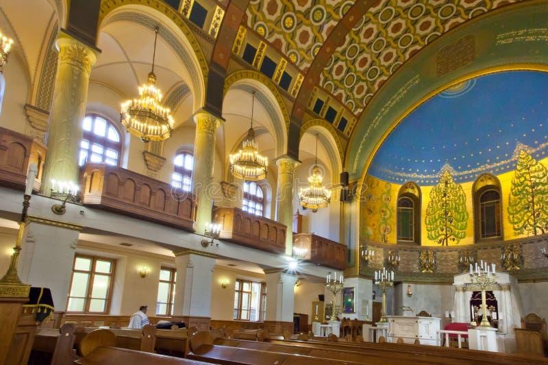Moskau-Chorsynagoge leer nach Gebet stockfoto