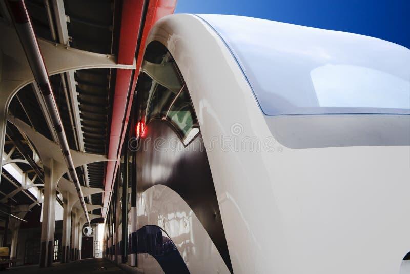 Moskau-Einschienenbahn stockbilder