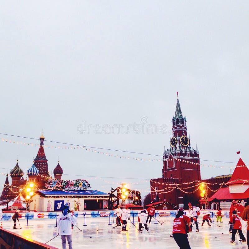 Moskau-katok Hockey-Dezember-christmastime des Roten Platzes stockbild
