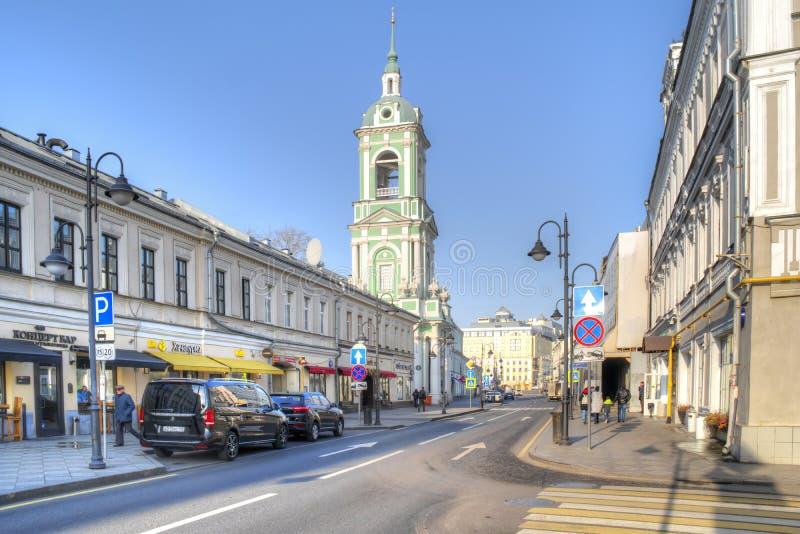 Moskau, Pyatnitskaya-Straße Historische Mitte stockfotografie