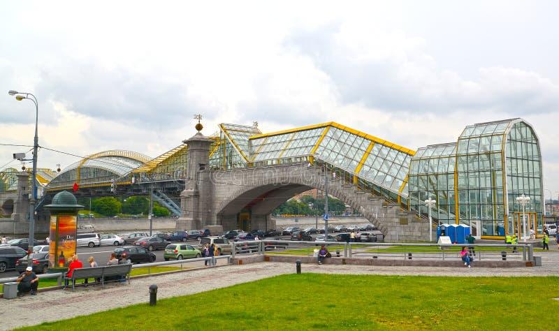 Moskau, Russland Kante Fußgänger-Bogdan Khmelnytskys B am bewölkten Tag stockfoto