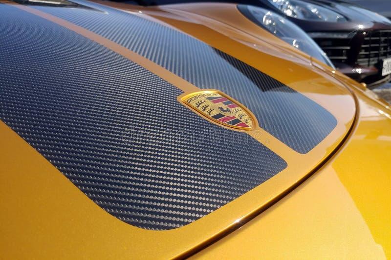Moskau, Russland - 9. Mai 2019: Goldenes Porsche 911 Exklusiv-Reihe Begrenzte Ausgabe Nr. drei hundert siebenunddrei?ig In der lizenzfreie stockbilder