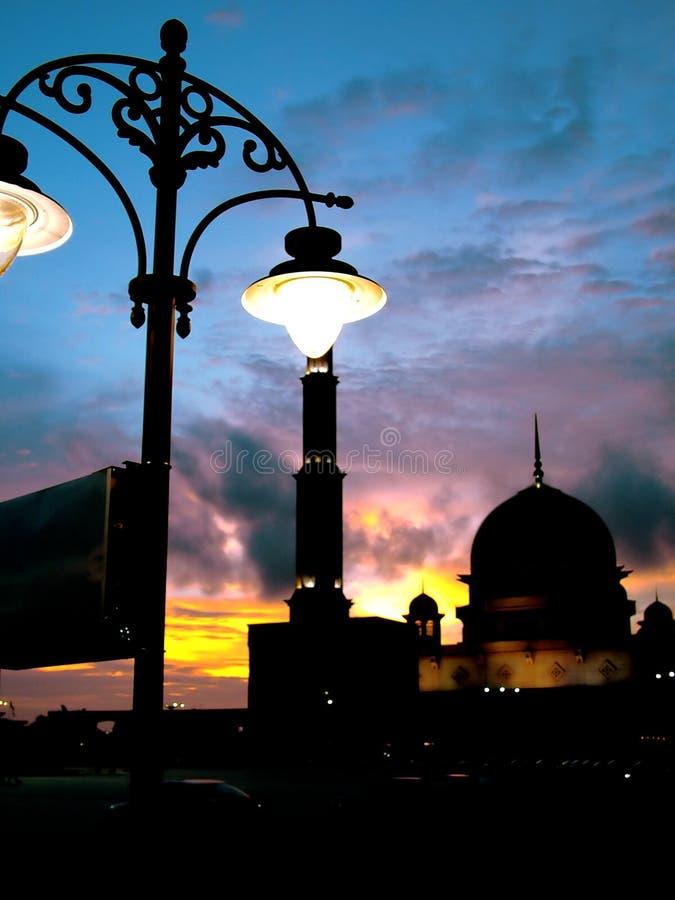 Download Moskee stock afbeelding. Afbeelding bestaande uit zonsondergang - 32725