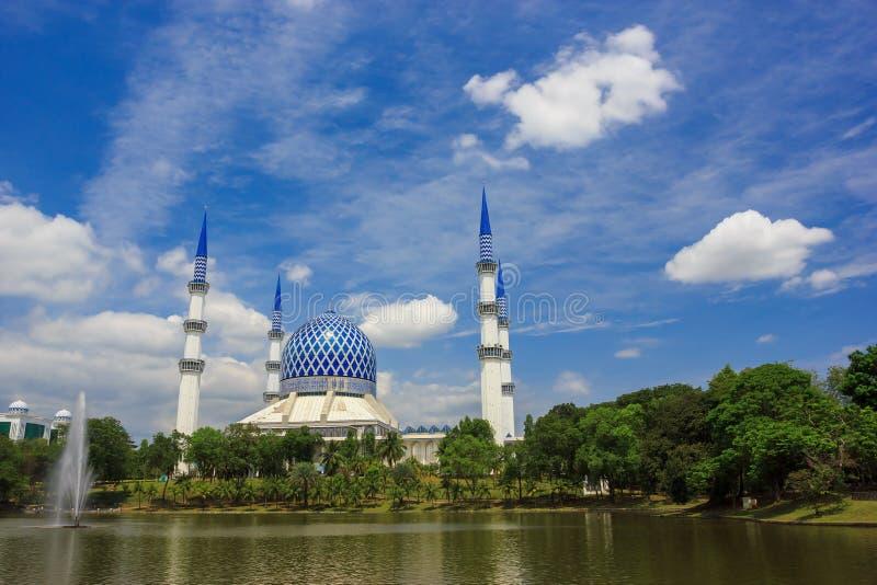 Moskee in Sjah Alam royalty-vrije stock afbeelding