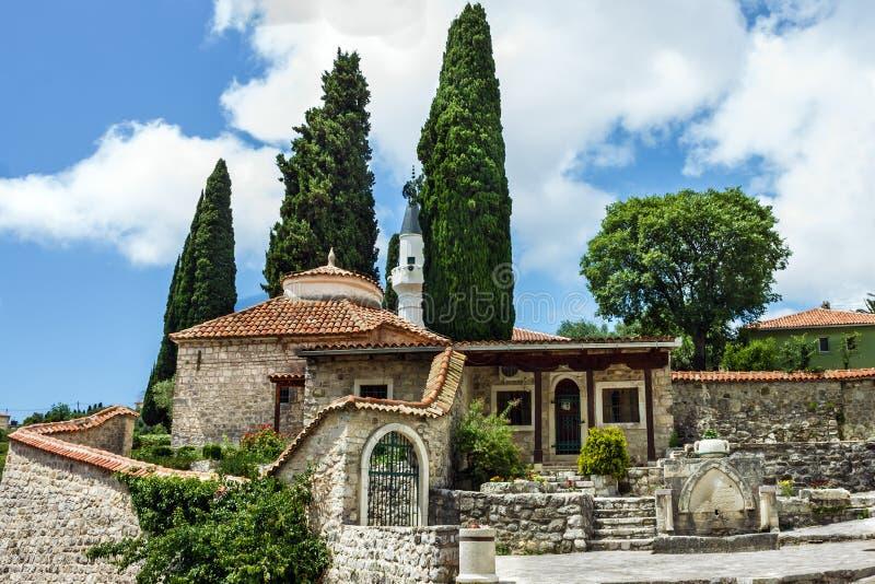 Moskee in stadsbar, Montenegro royalty-vrije stock afbeeldingen